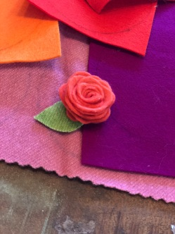single wool felt rose